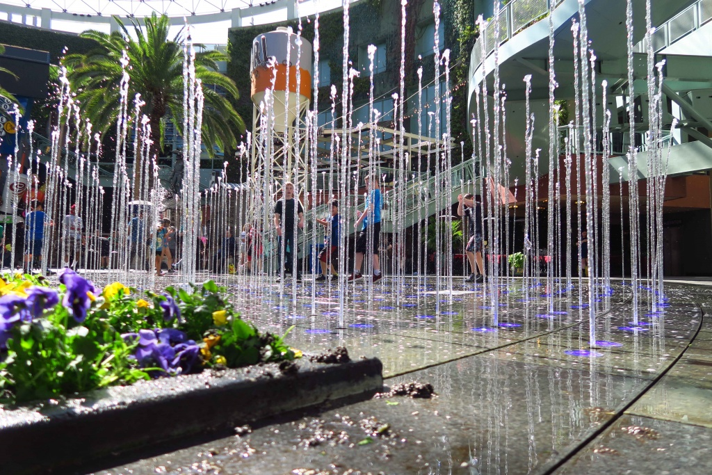 Universal City Walk Fountain Replacement